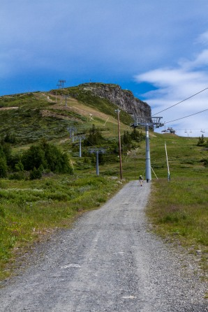 Jeg gikk opp til toppen på Skeikampen i dag. Det er 1135m.
