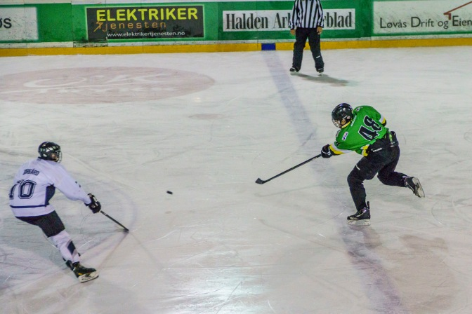 Ishockeykamp i Halden ishall