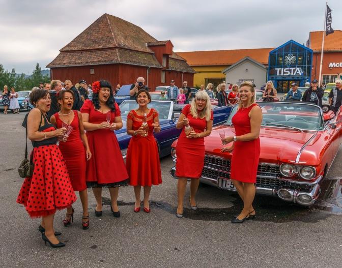 Bilder fra Fisketorget og festningen. Ladies night og kortesje samt lastebiler klargjøres i festningen
